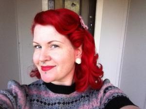 vintage short hair style lesbian red 1940s set setting